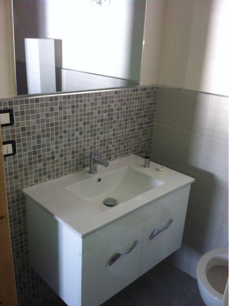 Bathroom w/toilet only Location Apartment 63992 Tre Fontane