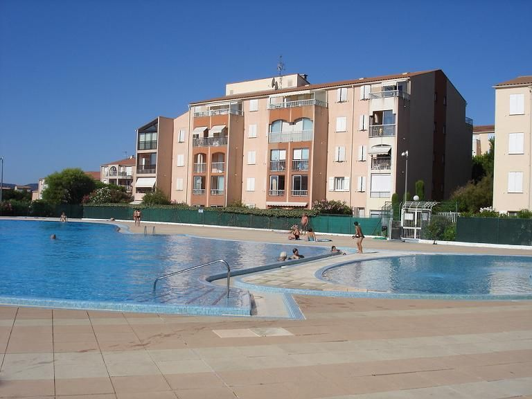 View of the property from outside Location Apartment 33469 Fréjus