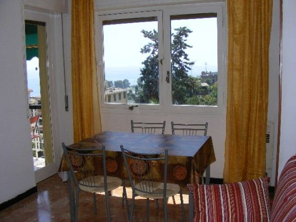 Dining room Location Apartment 39338 Sanremo