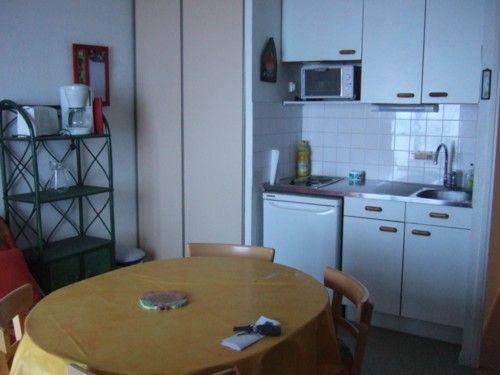 Kitchenette Location One-room apartment 4288 La Mongie
