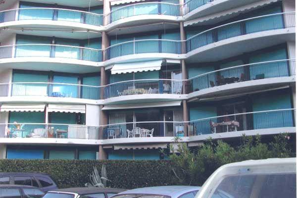Location One-room apartment 54445 Mandelieu la Napoule