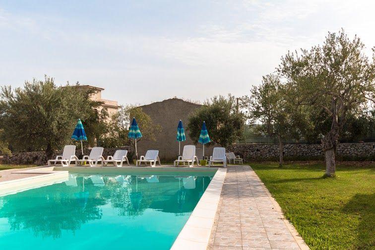 Swimming pool Location Villa 79539 Avola