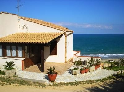 View of the property from outside Location House 67481 Castellammare del Golfo