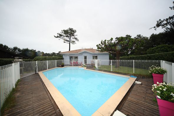 View of the property from outside Location Villa 92053 Cap Ferret