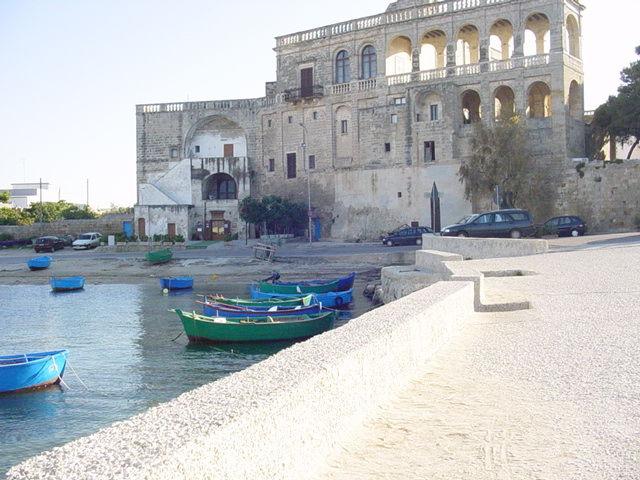 Surroundings Location Apartment 75249 Polignano a Mare
