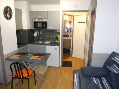 Location One-room apartment 102312 Avignon