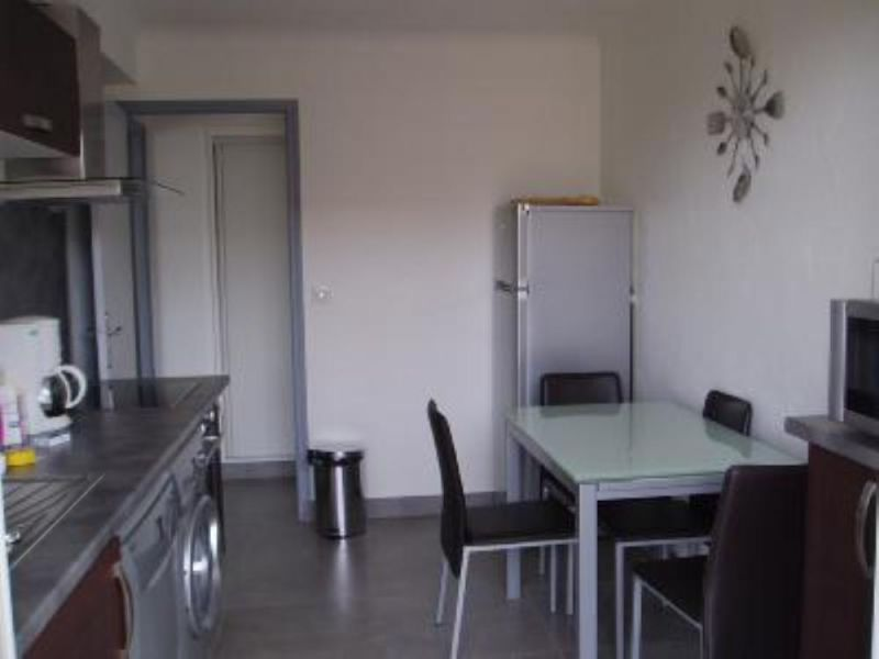 Separate kitchen Location Apartment 104812 Cannes