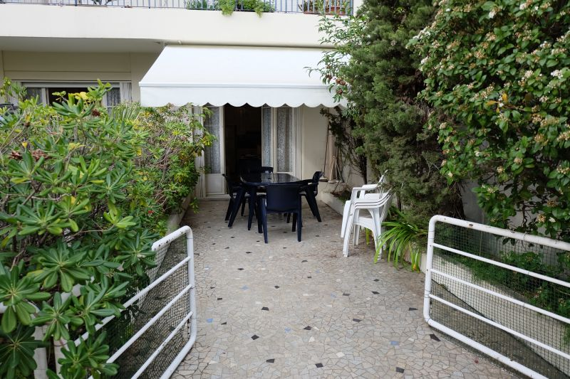 Terrace Location Apartment 108835 Nice