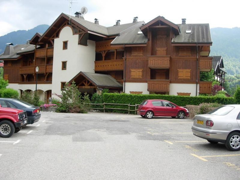 View of the property from outside Location Apartment 112331 Samoëns