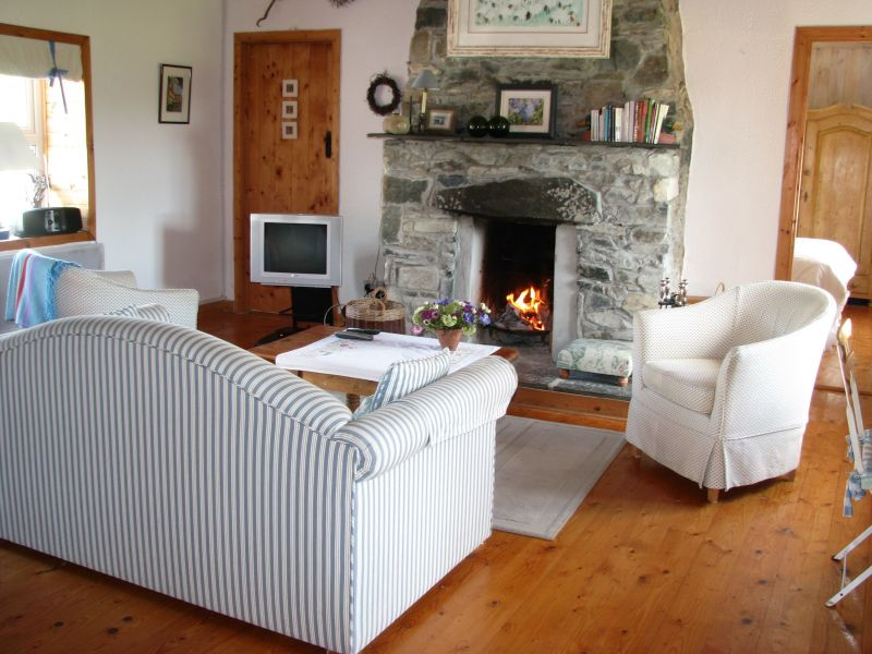 Living room Location House 112914 Ballyconneely