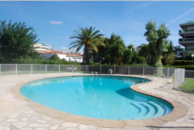 Swimming pool Location Apartment 117475 Nice