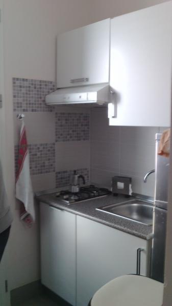 Separate kitchen Location Apartment 63992 Tre Fontane