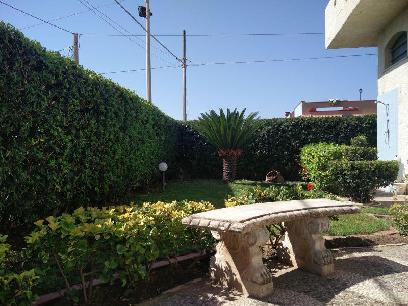 Garden Location Apartment 78905 Avola