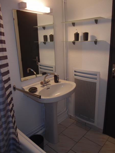 bathroom Location Apartment 80774 Piau Engaly