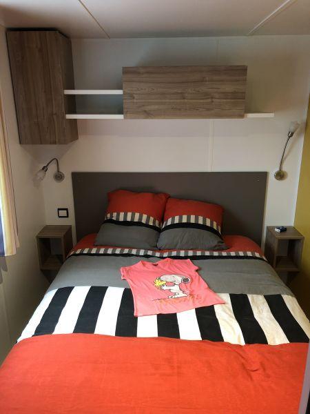 bedroom 1 Location Mobile home 80969 La Palmyre