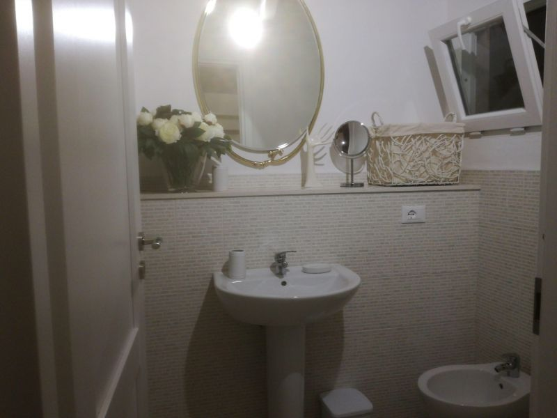 bathroom Location Villa 114399 Ostuni