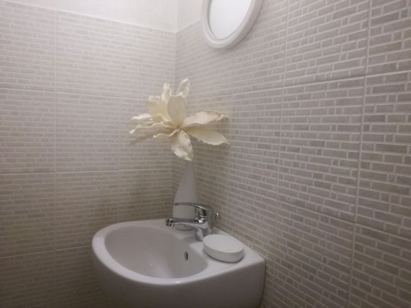 Bathroom w/toilet only Location Villa 114399 Ostuni