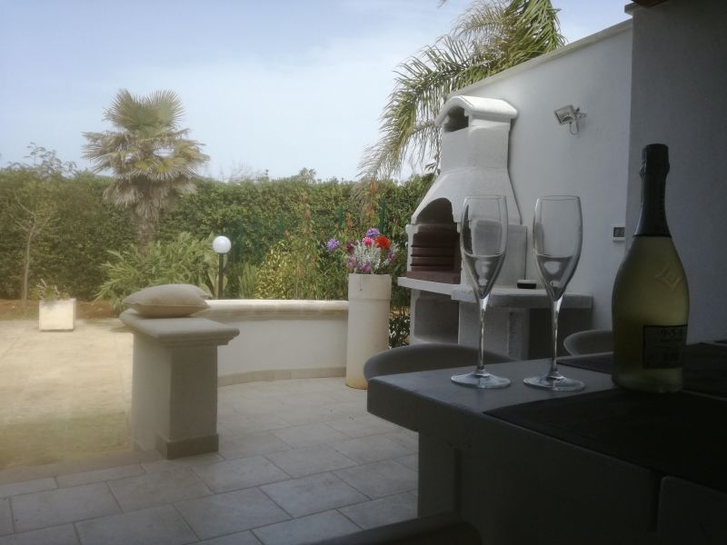 Summer kitchen Location Villa 114399 Ostuni