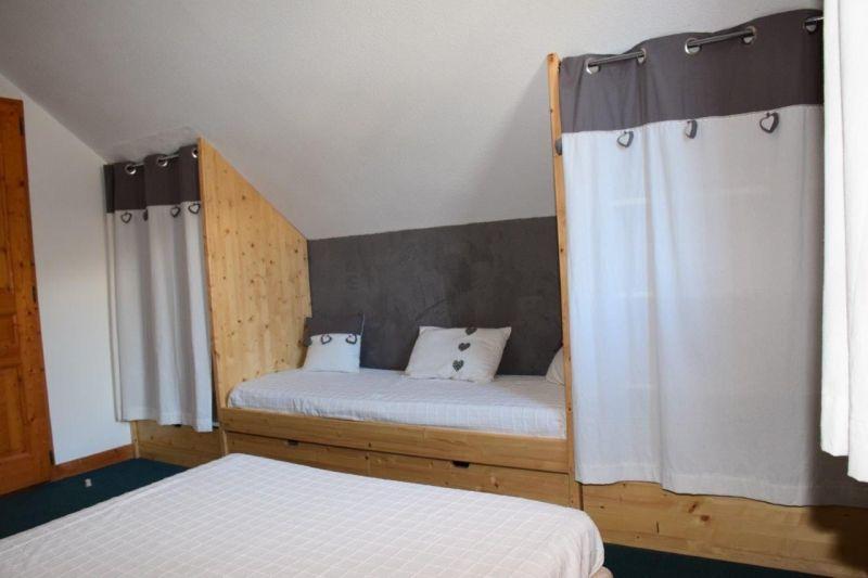 bedroom 1 Location Apartment 117722 Valloire
