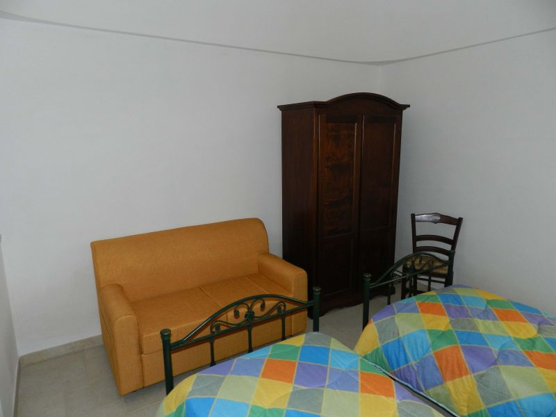 bedroom 2 Location Unusual accommodation 81959 Locorotondo