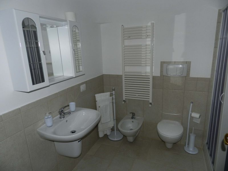 bathroom 1 Location Unusual accommodation 81959 Locorotondo
