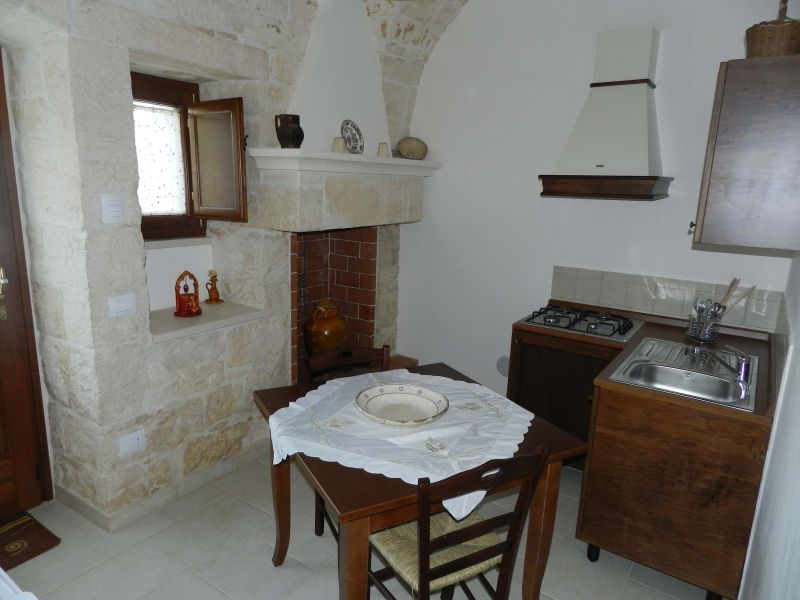 Kitchenette 2 Location Unusual accommodation 81959 Locorotondo