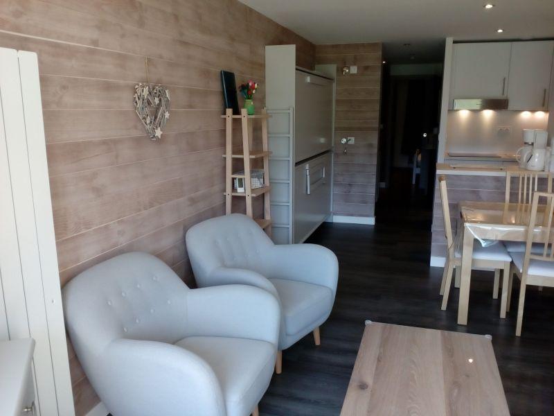 Living room Location Apartment 92150 Les Menuires