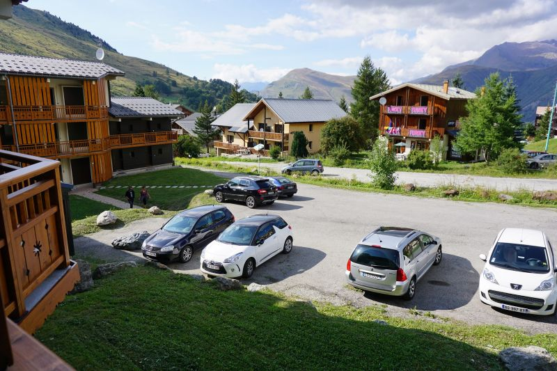Parking Location One-room apartment 100442 Les 2 Alpes