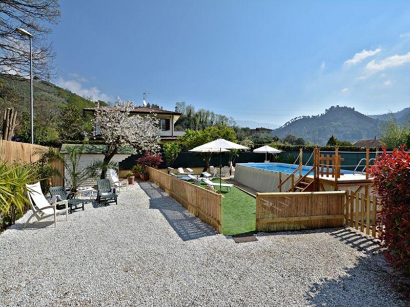 Location Villa 110506 Camaiore