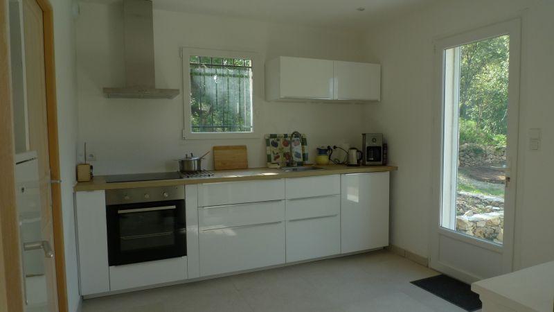 Separate kitchen Location Villa 115618 Lorgues