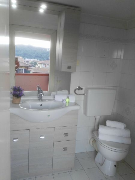 bathroom 2 Location Apartment 66430 Porto Azzurro