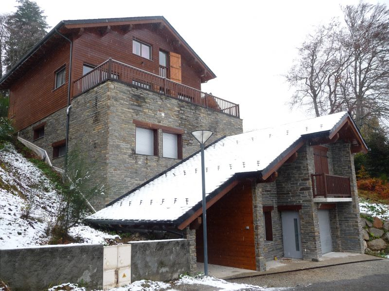 View of the property from outside Location Chalet 67772 Ax Les Thermes