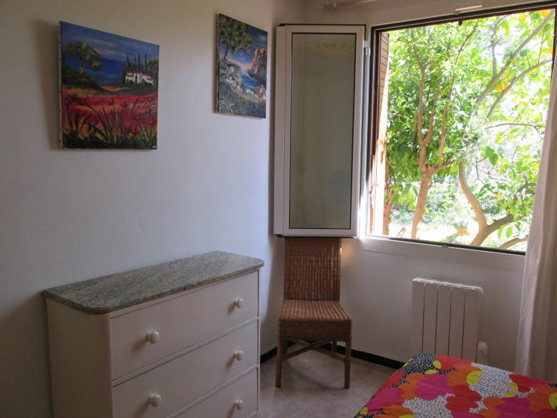bedroom 3 Location Villa 71753 Hyères
