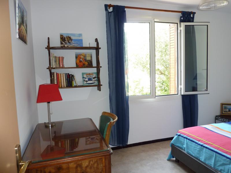 bedroom 1 Location Villa 71753 Hyères