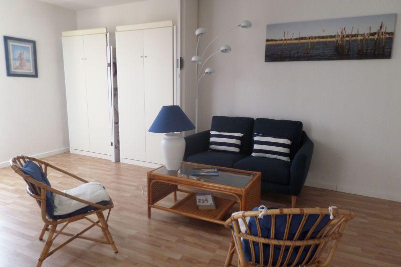 bedroom 2 Location Apartment 75728 Arcachon