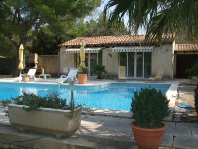 View from the terrace Location Villa 77033 Avignon