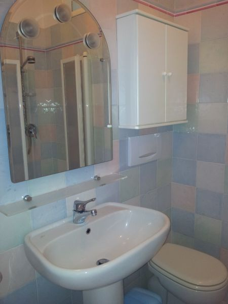 bathroom Location Apartment 89496 Ospedaletti