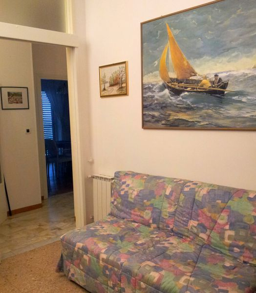 Open sleeping nook Location Apartment 89496 Ospedaletti