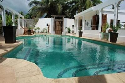 Swimming pool Location Villa 91924 Hell-Ville
