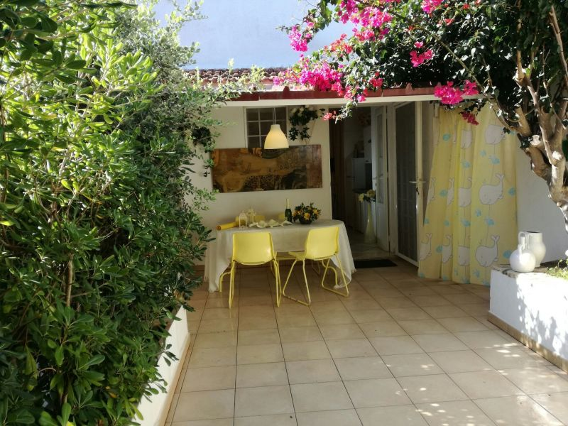 Courtyard Location Apartment 102048 Ostuni