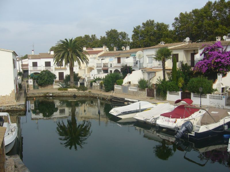 Surroundings Location Apartment 109125 Empuriabrava