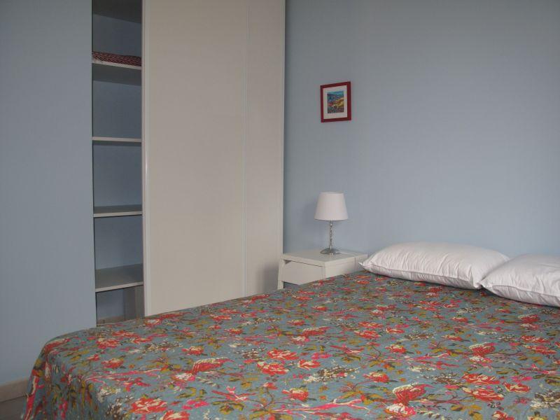 bedroom Location Apartment 111646 Canet-en-Roussillon