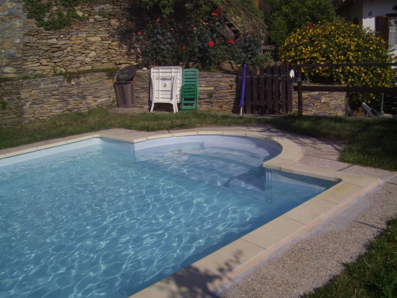 Swimming pool Location Vacation rental 80842 Dolcedo