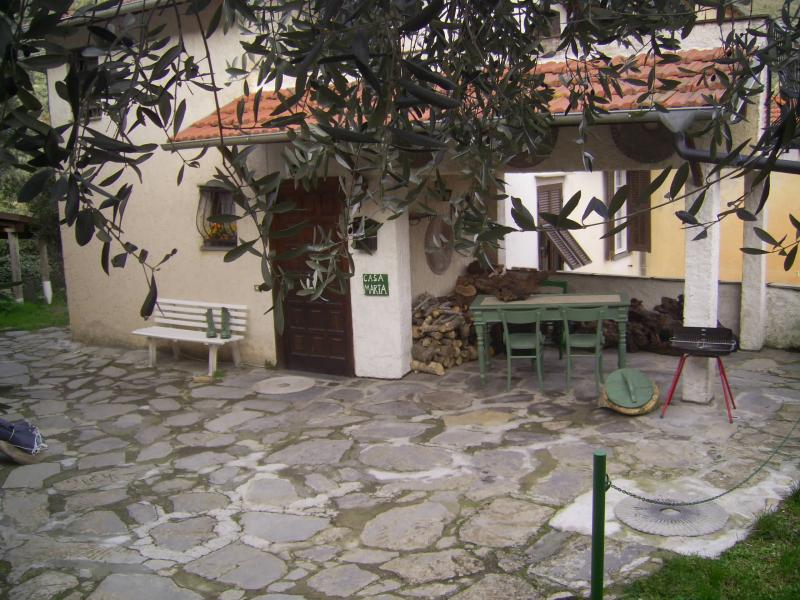 View of the property from outside Location Vacation rental 80842 Dolcedo