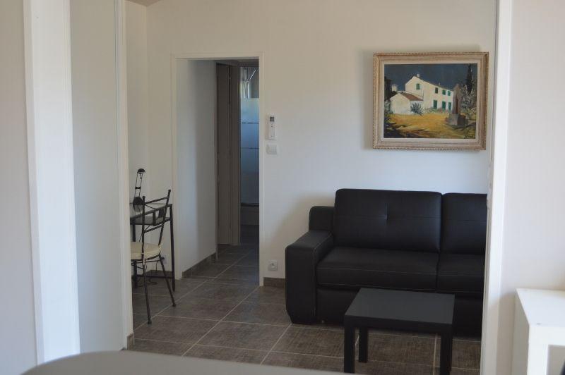 Lounge Location Vacation rental 99880 La Ciotat