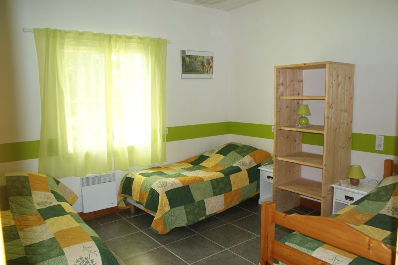 bedroom 2 Location Vacation rental 108213 La Rochelle