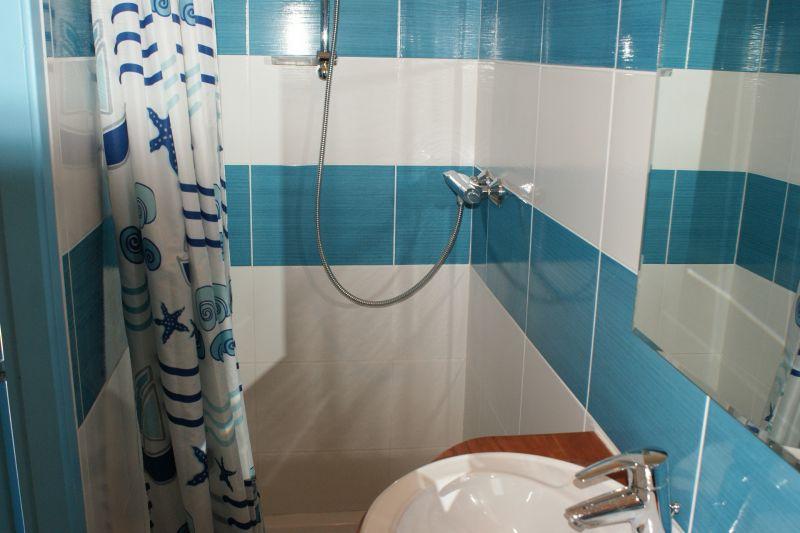 Half bath 2 Location Vacation rental 108213 La Rochelle