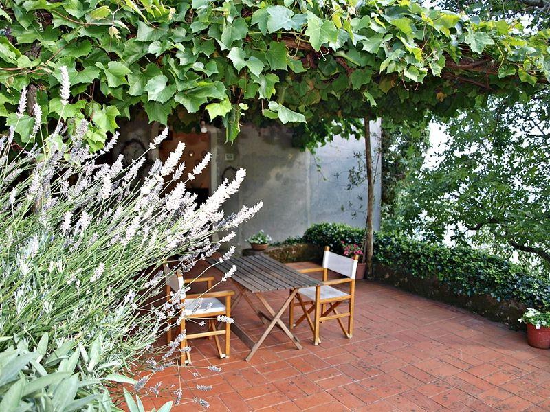 Location House 109168 Camaiore