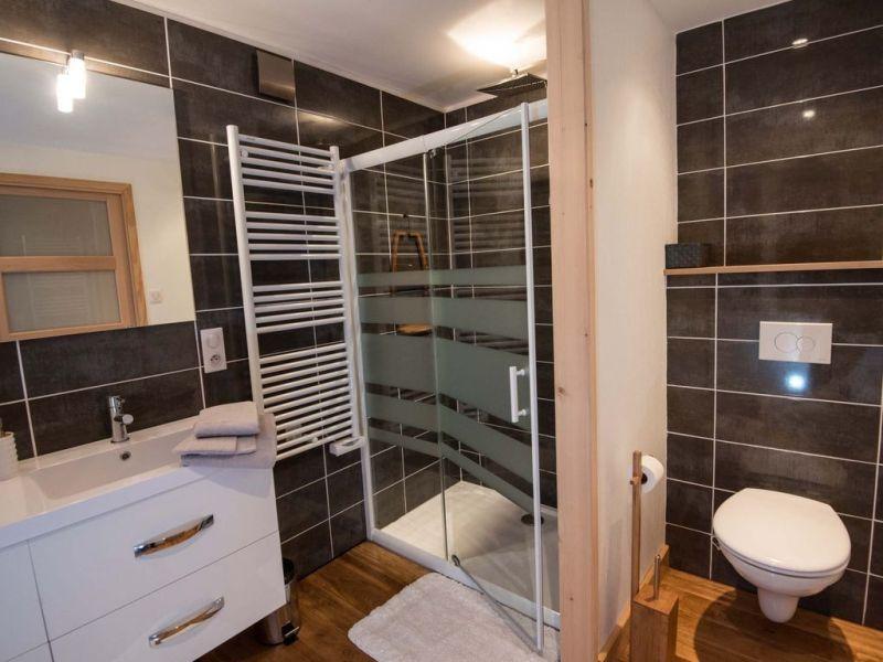 bathroom 1 Location House 116678 Xonrupt Longemer