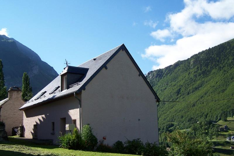 View of the property from outside Location Vacation rental 65880 Gavarnie Gèdre